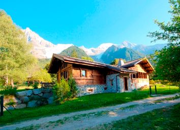 Thumbnail 4 bed chalet for sale in Route Des Tissières, 74400 Chamonix-Mont-Blanc, France