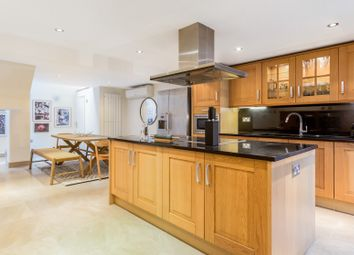 Thumbnail Serviced town_house to rent in Colville Place, London