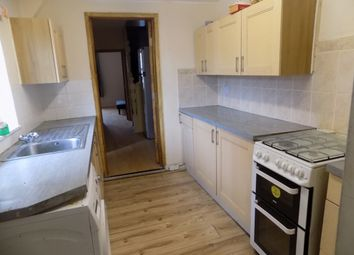 Thumbnail 2 bedroom flat to rent in Victoria Road, Netherfield, Nottingham