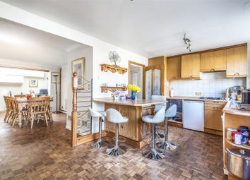 4 bed link-detached house for sale in Valley Walk, Croxley Green, Rickmansworth WD3