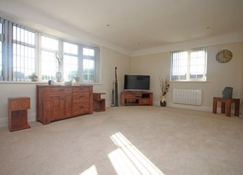 Thumbnail 2 bed flat for sale in Flat 5, Henley Court, Hesketh Park