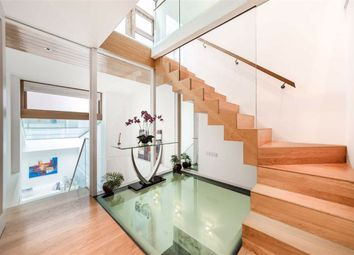Thumbnail 2 bed property for sale in Gloucester Mews West, London