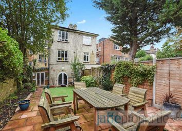 Thumbnail 2 bed flat to rent in Fortune Green Road, West Hampstead