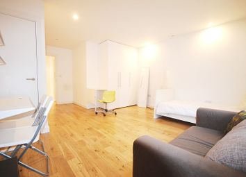 Thumbnail Property to rent in York Way, London