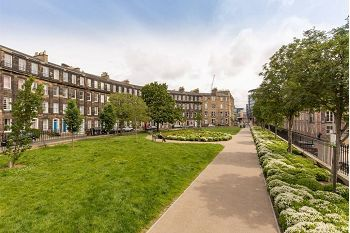 Thumbnail 2 bedroom flat to rent in Gardner's Crescent, Edinburgh