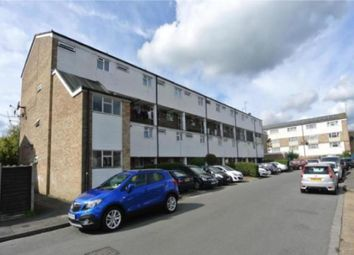 Thumbnail 2 bed flat for sale in Goldsworth Park, Woking