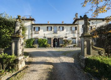 Thumbnail 20 bed villa for sale in Florence, Tuscany, Italy