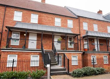 Thumbnail 4 bed town house for sale in Hicks Road, St. Albans