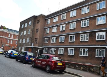 Thumbnail 4 bed flat to rent in Wellesley Street, Stepney