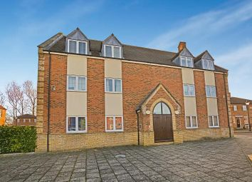 Thumbnail 2 bed flat to rent in Sandhill Way, Fairford Leys, Aylesbury