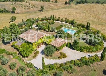 Thumbnail Country house for sale in Località Montefollonico, Torrita di Siena, Tuscany, Italy