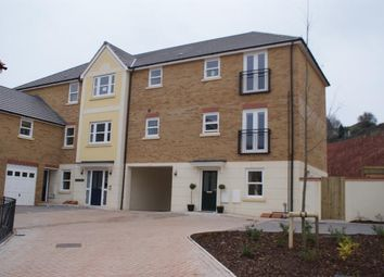 Thumbnail 1 bed flat to rent in Darwin Crescent, Torquay