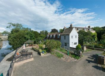Thumbnail 3 bed cottage for sale in High Street, Hemingford Grey, Huntingdon