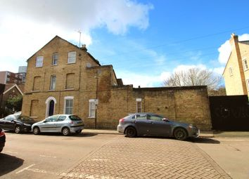6 bed property for sale in The Avenue, Bedford MK40