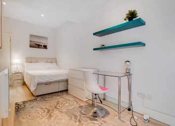 Thumbnail 1 bed duplex to rent in Finchley Road, London