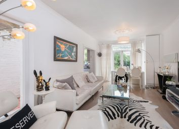 Thumbnail 2 bed flat to rent in Hurlingham Road, Fulham