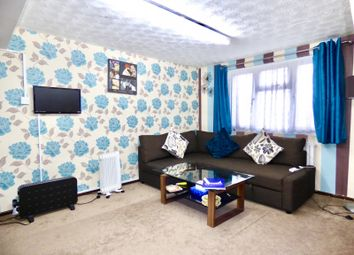 Thumbnail 2 bed flat to rent in Gibb Lane, Catshill, Bromsgrove