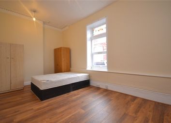 Thumbnail 2 bedroom flat to rent in Athenaeum Place, Muswell Hill, London