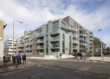 Thumbnail 3 bed flat for sale in Greenwich Square - Courtyard, Hawthrone Crescent, Greenwich, London
