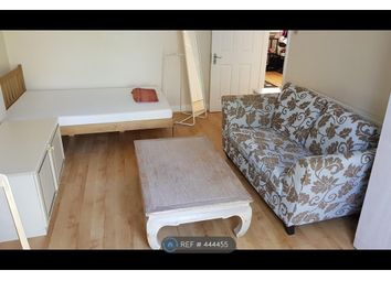 Thumbnail Room to rent in Rosemary Avenue, London