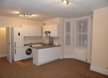 Thumbnail 2 bed flat to rent in Lessingham Avenue, Tooting London