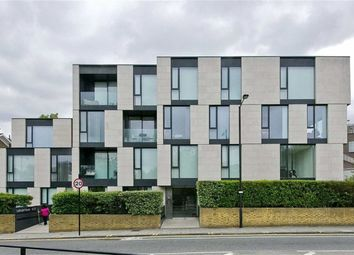 Thumbnail 2 bed flat to rent in Oval Road, Camden, London