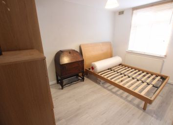 Thumbnail Room to rent in Throckmorton Road, London
