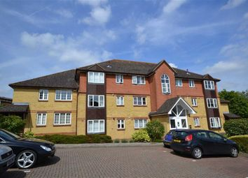 Thumbnail 2 bedroom flat to rent in Thompson Way, Rickmansworth, Hertfordshire