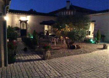 Thumbnail 8 bed property for sale in Aquitaine, Lot-Et-Garonne, Marmande