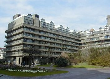 Thumbnail Studio to rent in John Trundle Court, Barbican