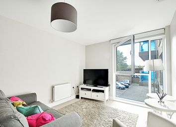 Thumbnail 1 bedroom flat to rent in Gooch House, Glenthorne Road, Hammersmith