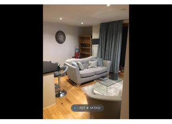Thumbnail 1 bed flat to rent in Candle House, Leeds