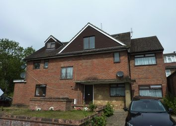 Thumbnail 2 bedroom flat to rent in Mildred Avenue, Watford