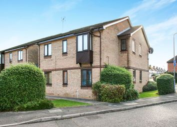 Thumbnail 2 bed flat to rent in Poets Chase, Aylesbury
