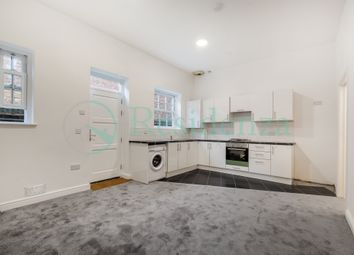Thumbnail 2 bed flat to rent in Southend, South Croydon