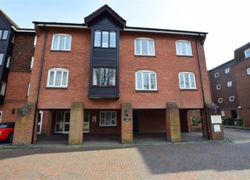Stockbridge Road, Chichester, West Sussex PO19. 1 bed flat for sale