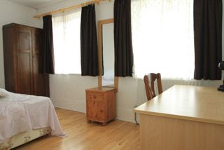 Thumbnail Room to rent in Park Avenue North, Willesden Green