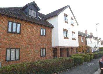 Thumbnail 2 bedroom flat to rent in Crescent Road, New Barnet, Barnet