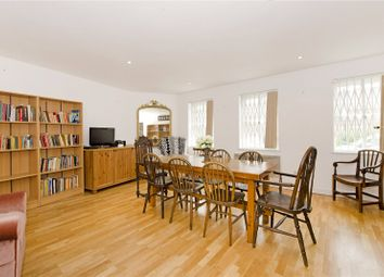 Thumbnail 2 bed flat to rent in Popham Street, London