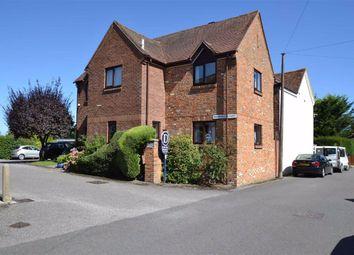 Marshalls Court, Speen Lane, Newbury, Berkshire RG14. 1 bed flat for sale