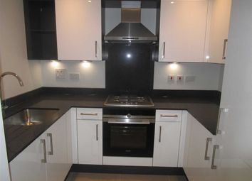 1 bed maisonette to rent in Worple Road, Staines Upon Thames, Middlesex TW18