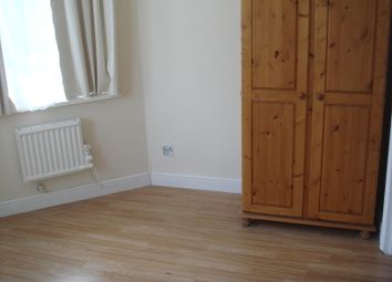 1 bed flat to rent in Adellaid Road, Surbiton KT6