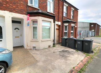 Thumbnail 3 bed terraced house for sale in Kingsway, Luton