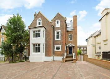 3 bed flat for sale in Upton Park, Slough SL1