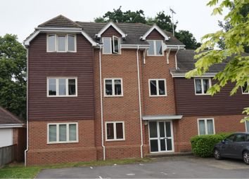 Thumbnail 1 bed flat for sale in Pendenza, Cobham