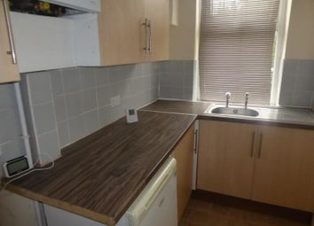 2 bed property to rent in Charlton Road, East End Park LS9