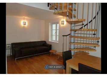Thumbnail Room to rent in Amber Court, Romford