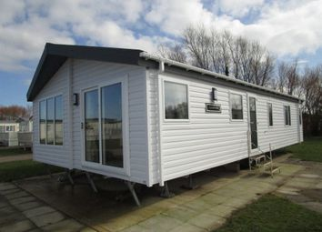 Thumbnail 3 bedroom mobile/park home for sale in Manor Park Holiday Park, Manor Road, Hunstanton