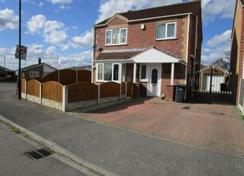 Thumbnail 3 bed detached house for sale in Kingsmede, Moorends, Doncaster