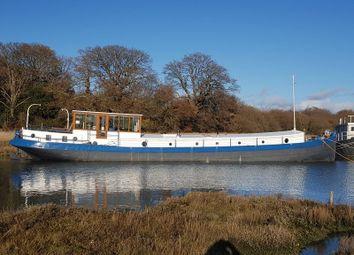 3 bed houseboat for sale in Salterns Boatyard, Salterns Lane, Bursledon SO31
